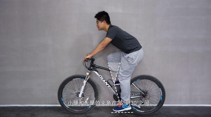 cách tập thể dục bằng xe đạp
