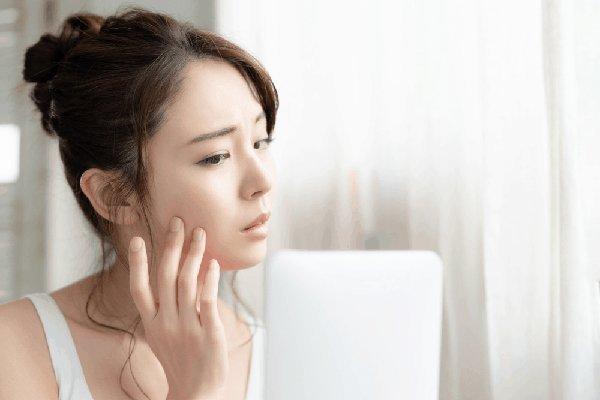 cách chăm sóc da sau khi nặn mụn